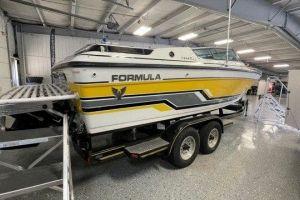 1989 FORMULA 242LS for sale
