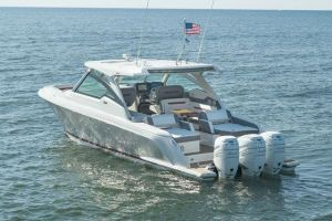 2021 TIARA YACHTS 38LX for sale