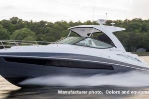 2021 CRUISERS YACHTS 35EXPRESS for sale