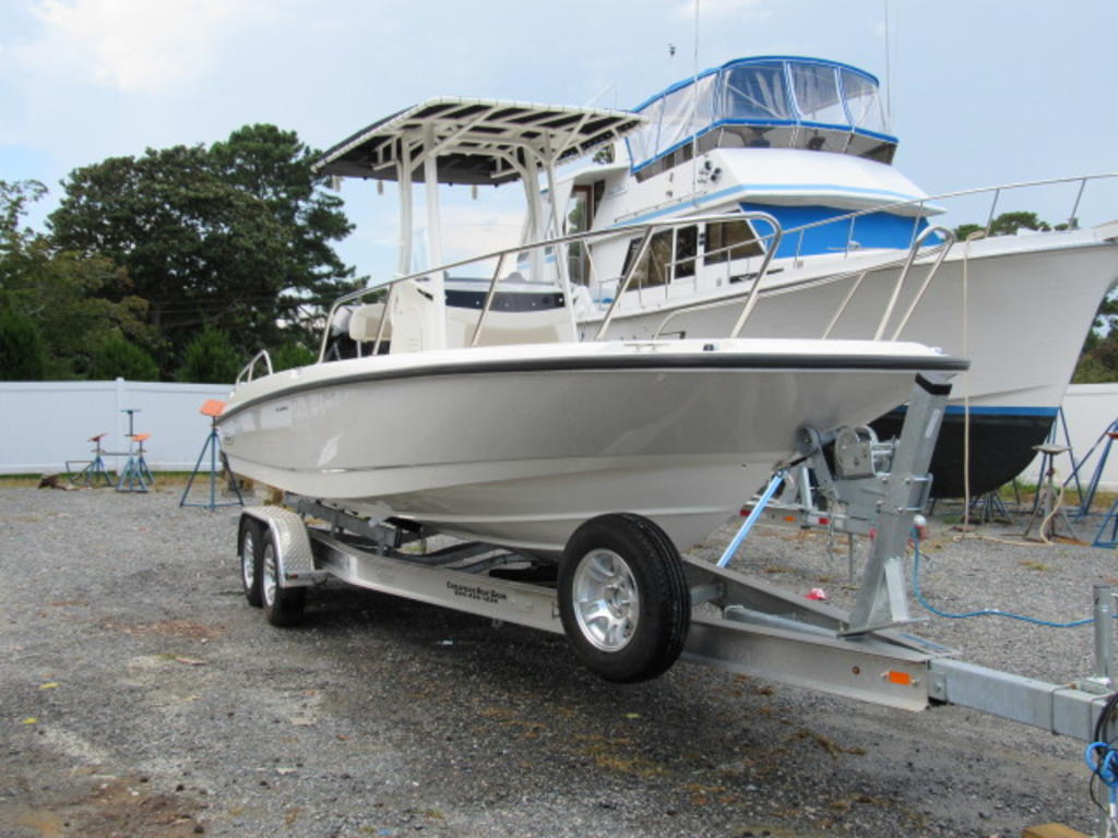 2019 Boston Whaler boat for sale, model of the boat is 240 Dauntless & Image # 5 of 27