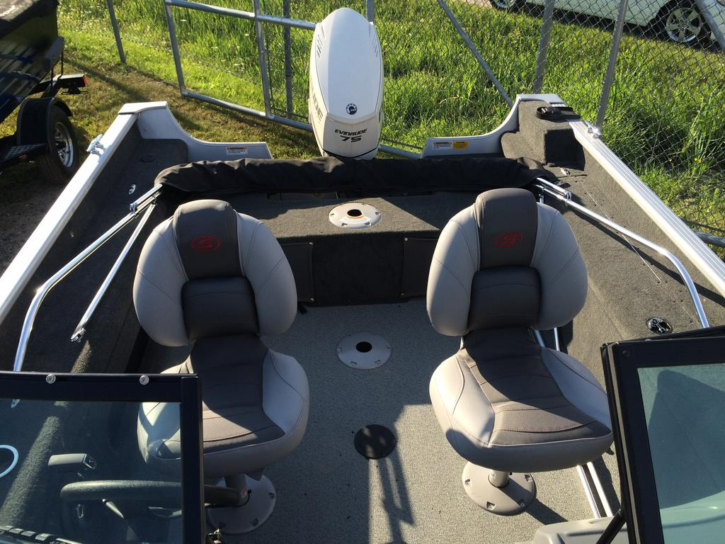 2016 Smoker Craft boat for sale, model of the boat is Pro Angler 162 XL & Image # 7 of 9
