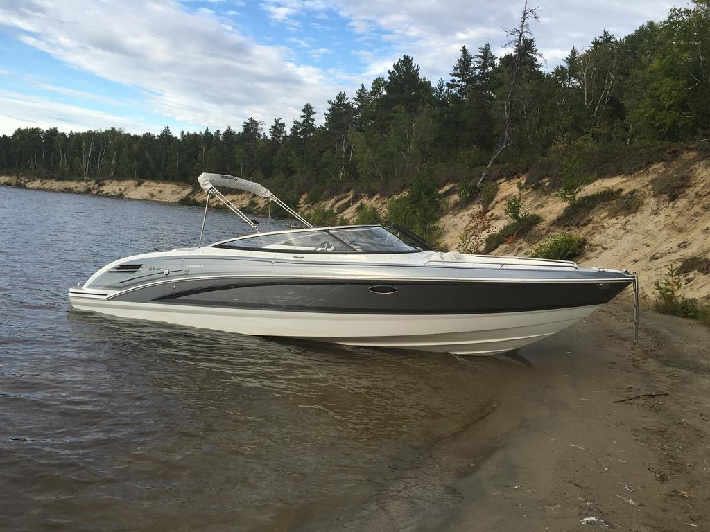 2015 Formula boat for sale, model of the boat is 270 BR & Image # 1 of 10