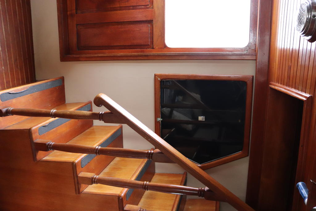 1981 Sea Ranger boat for sale, model of the boat is Pilot House & Image # 22 of 24