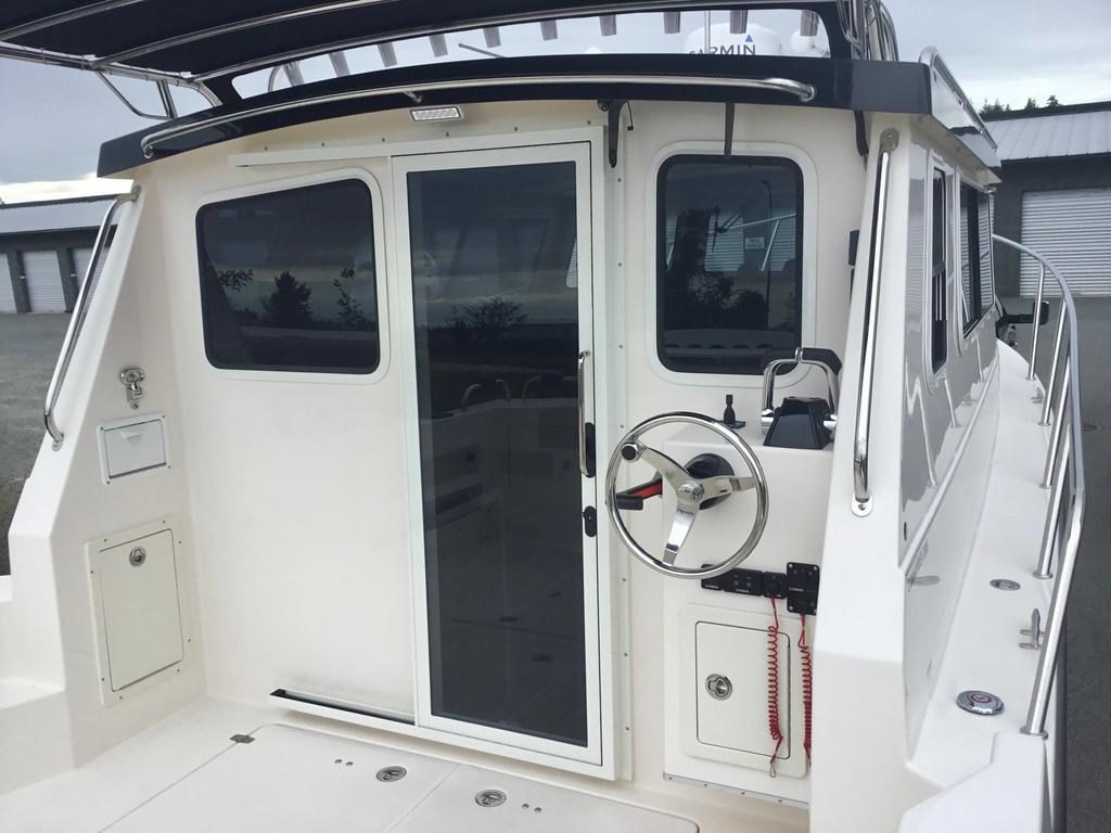 2018 Seasport boat for sale, model of the boat is COMMANDER 2800 & Image # 153 of 156