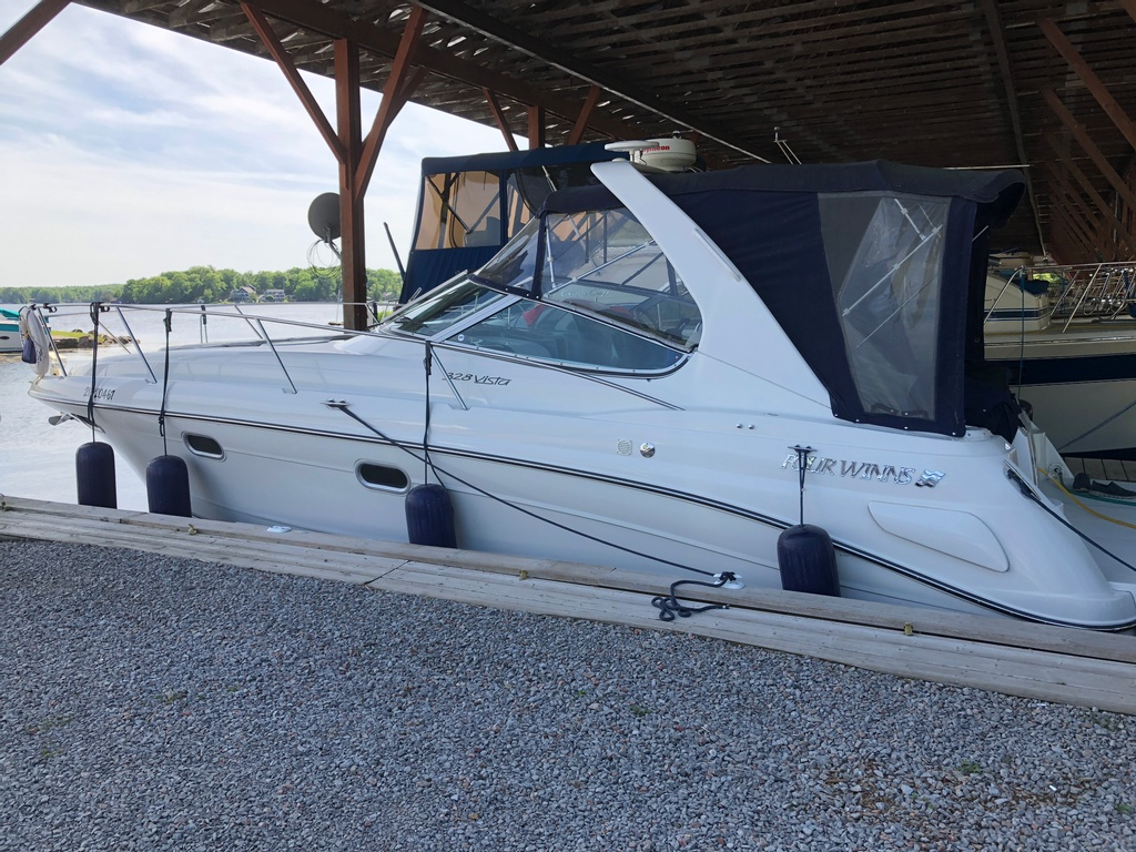 2001 Four Winns boat for sale, model of the boat is 328 Vusta & Image # 6 of 23