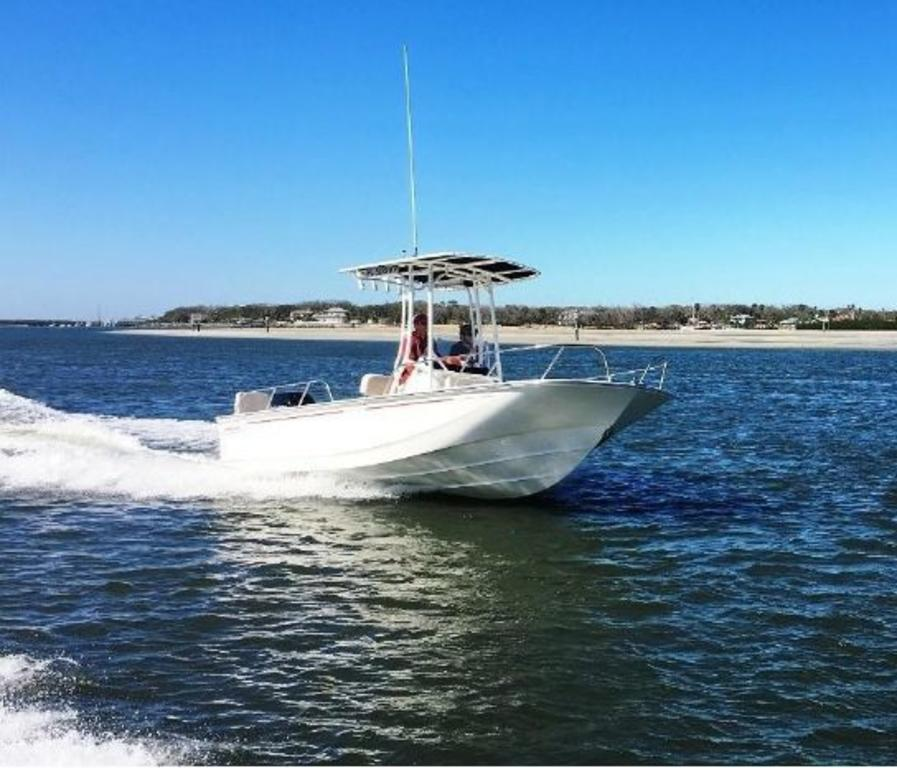2019 Boston Whaler boat for sale, model of the boat is 190 Montauk & Image # 1 of 4