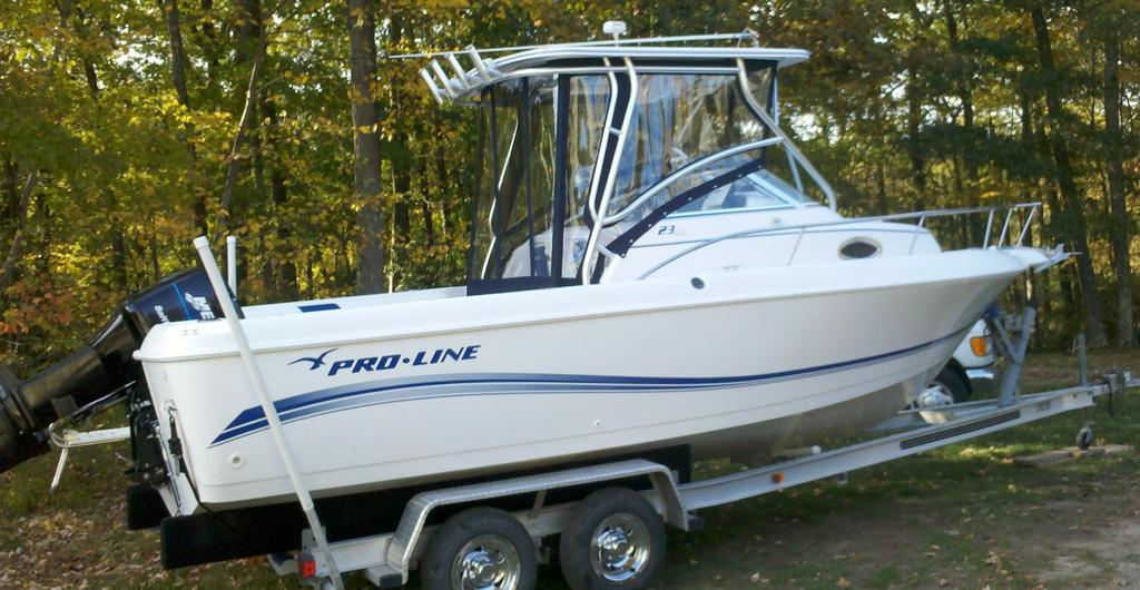 2005 Pro-Line boat for sale, model of the boat is 23 Walkaround & Image # 3 of 4