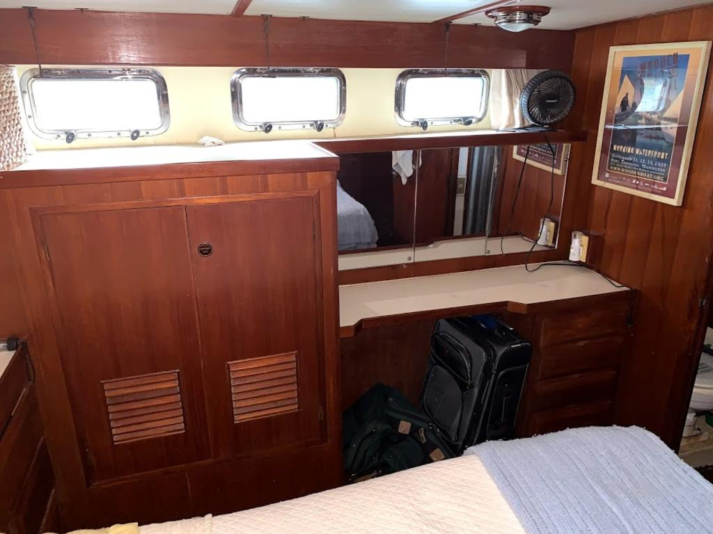 1981 Defever boat for sale, model of the boat is 44 & Image # 7 of 12