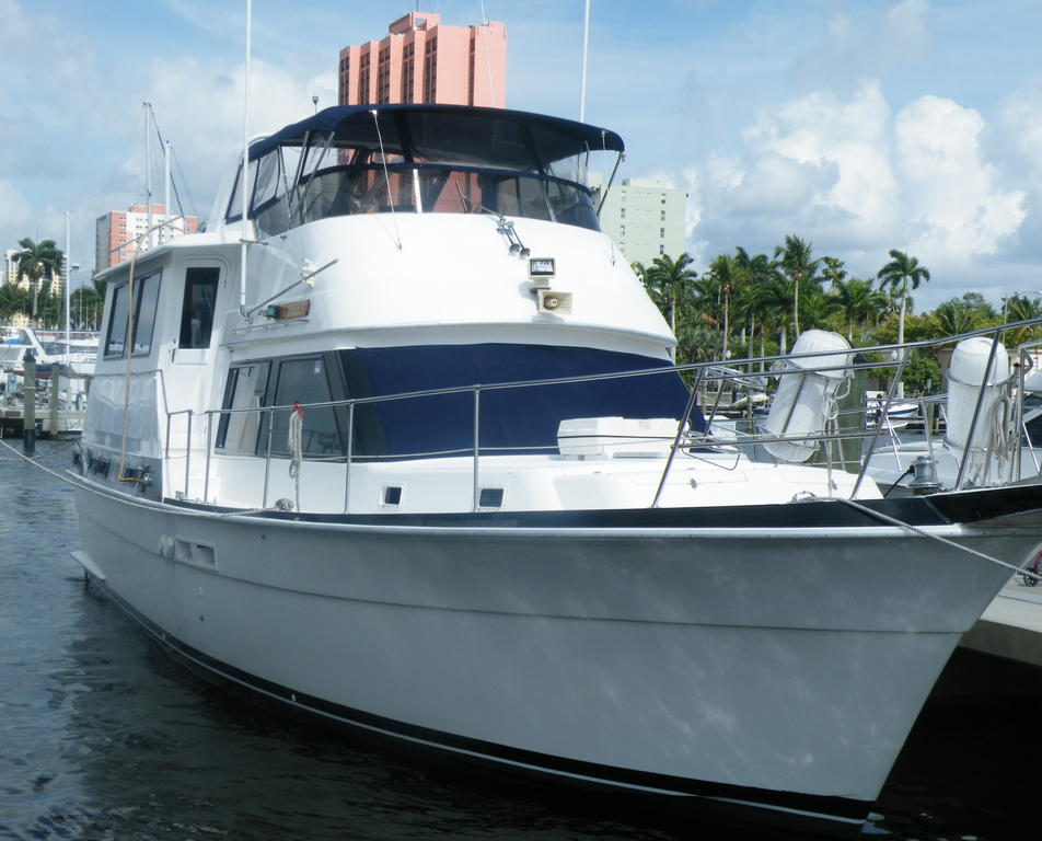 1987 Gulfstar boat for sale, model of the boat is cabin cruser & Image # 1 of 15