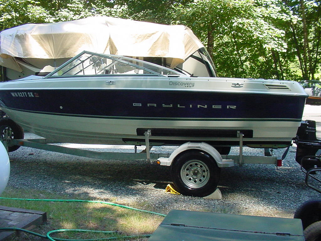 2012 Bayliner boat for sale, model of the boat is Discovery 195 BR & Image # 2 of 16
