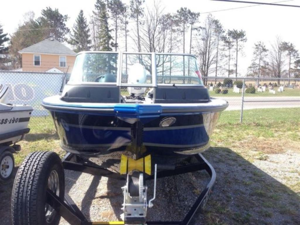 2015 Alumacraft boat for sale, model of the boat is Dominator 185 LE & Image # 3 of 12