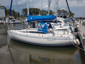 1985 BENETEAU FIRST 29 for sale