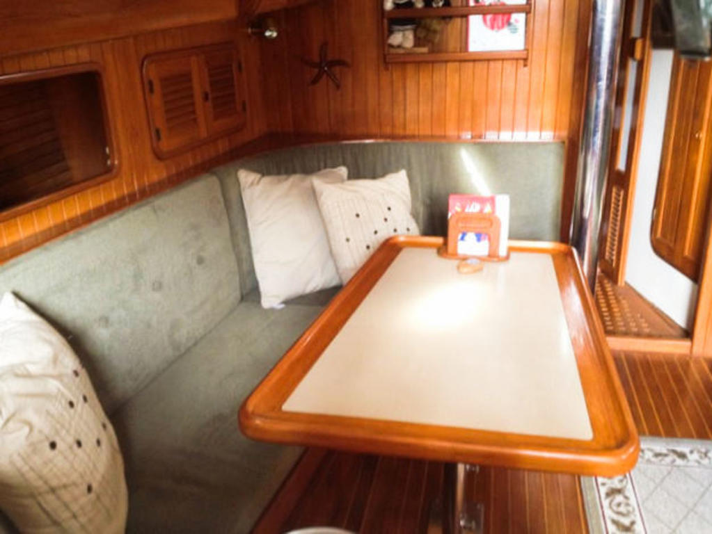 1984 Union boat for sale, model of the boat is 36 Cutter & Image # 19 of 21