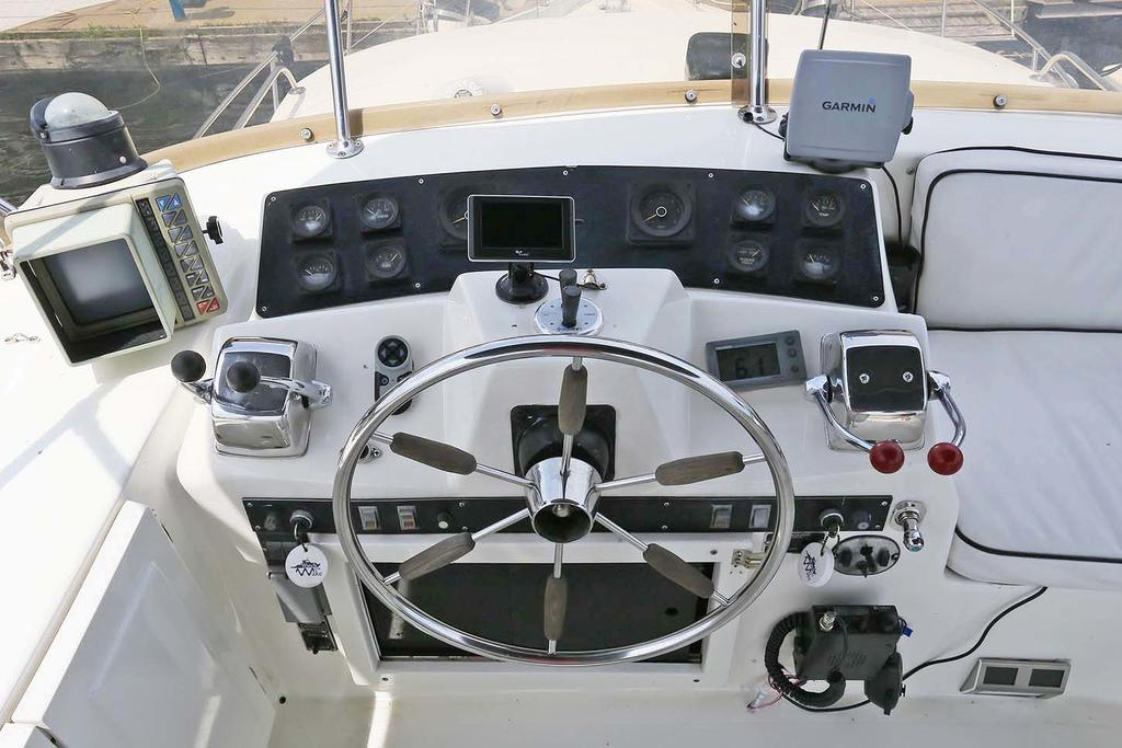 1988 Blue Water boat for sale, model of the boat is 47 COASTAL CRUISER & Image # 4 of 11