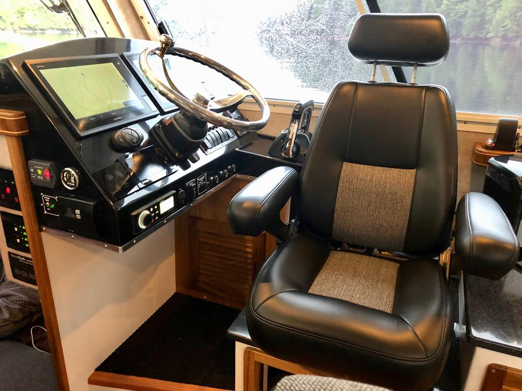2018 Seasport boat for sale, model of the boat is COMMANDER 2800 & Image # 34 of 156