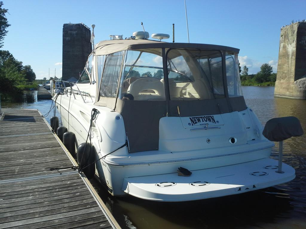 2001 Sea Ray boat for sale, model of the boat is Sundancer 380 & Image # 9 of 13